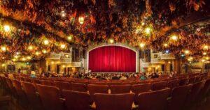 Theatres in Toronto - Book a Date with Elite Toronto Escort